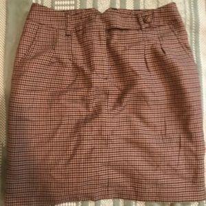 Plaid burgundy H&M skirt